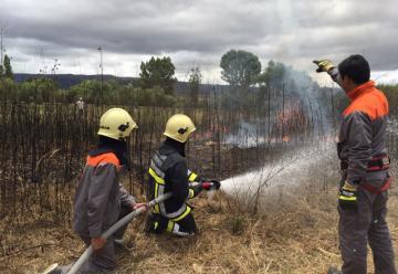 Bomberos voluntarios Caballeros de Fuego reciben personería jurídica