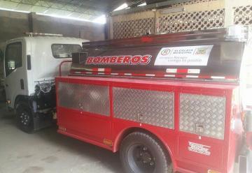 Carrotanque de bomberos para servicio de la comunidad Rionegrana