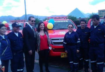 Entregan nueva unidad movil para los bomberos de Simijaca