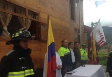Inaugurada estación de bomberos en El Encano