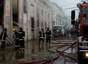 Incendio destruye almacén tabacalero en La Habana