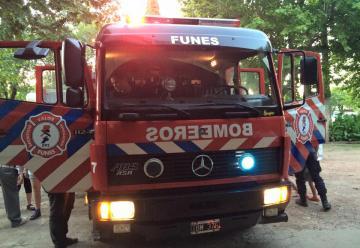 Bomberos Voluntarios de Funes adquirió una nueva autobomba