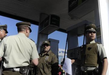 Bomberos de estación de servicio fueron golpeados por pedir apagar un cigarrillo