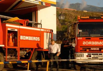Los bomberos no tienen vehículos para incendios y rescates en altura