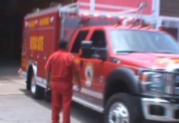 Entregan moderno camión de rescate a bomberos de Quillabamba