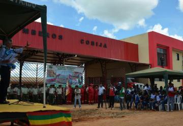 El Presidente en ejercicio inauguró la Estación de Bomberos Cobija