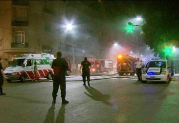 Más de 40 evacuados por un incendio en un edificio