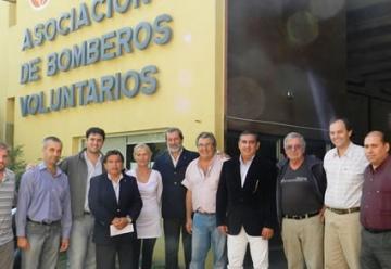 Aportes  a bomberos de Cañada y Villa Eloísa