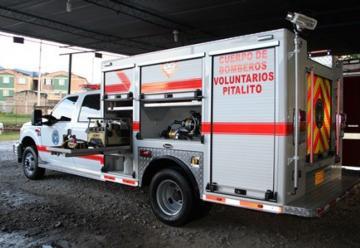 Entregan máquina de rescate para Cuerpo de Bomberos de Pitalito