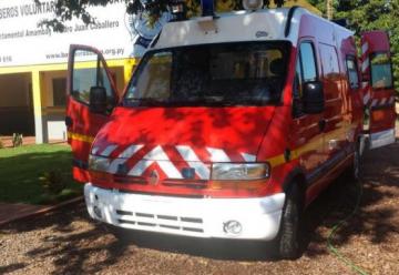 Nueva ambulancia para los Bomberos Amarillos