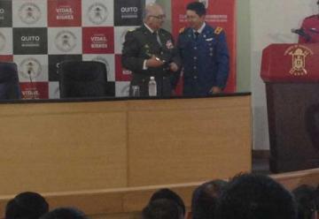 Bomberos de Chile y de Quito intercambiarán conocimientos