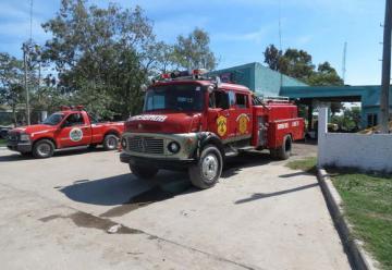 Más de 120 bomberos de toda la provincia brindan seguridad en Las Termas