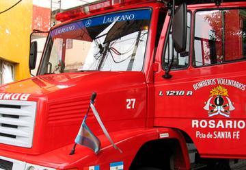 Atacaron a bomberos que iban a sofocar un incendio