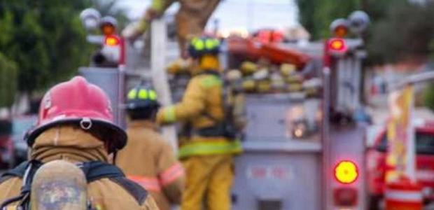 Tres bomberos lesionados en un incendio
