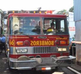 Incendio arrasa cuatro tramos en el mercado Huembes