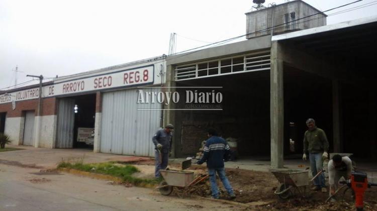 Avanza la construcción del nuevo galpón en el cuartel de Bomberos Voluntarios