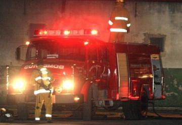 Más de cien bomberos se dirigen al Molino Cañuelas
