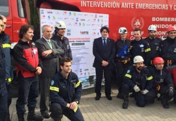 Los bomberos de Alarcon cuentan con un nuevo vehículo autoescala