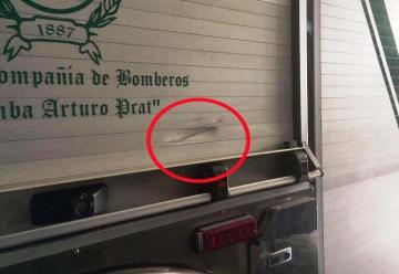 Dos carros de Bomberos fueron atacados con piedras en el sector del Parque Croata de Antofagasta