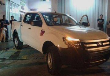 Bomberos Voluntarios de Cruz Alta recibió una nueva camioneta para la Institución.