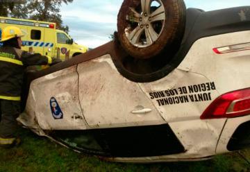 Presidente regional de Bomberos sufrió accidente en vehículo institucional