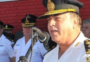 Ahora, desplazaron al  jefe de Bomberos de la Policia