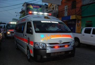 Nueva ambulancia de los Bomberos Voluntarios de la 39 compañía