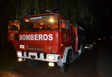 Bomberos Voluntarios de Rawson recibió nueva unidad de rescate