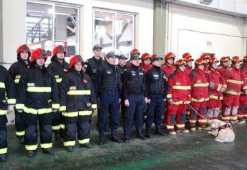 Bomberos conmemoraron su día y pidieron una unidad con escalera