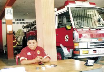Sacan a jefe de bomberos por mostrar deficiencias