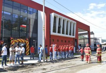 Entregan primera infraestructura de Compañia de Bomberos en el Vraem