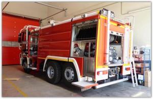 El Cabildo dota a los bomberos de vehículo para grandes incendios