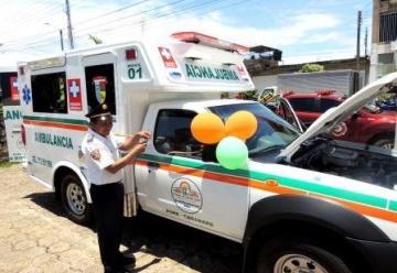 Bomberos de Pore recibieron unidad médica para atención de emergencias