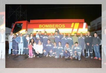 Bomberos Voluntarios de Rivadavia con un nuevo cisterna