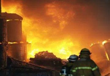 Bomberos denuncian robo a sus vehículos mientras sofocaban incendio