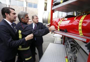 Los bomberos de León tienen su primer camión para riesgos químicos