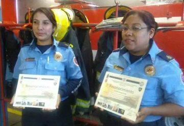 Se capacitan mujeres bombero