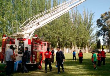 Futuros bomberos se entrenaron en Cipolletti