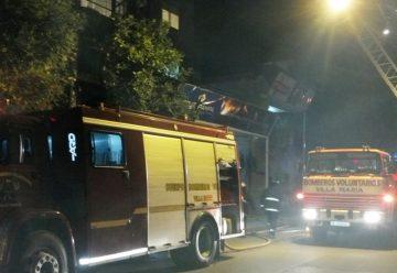 Bomberos de Villa Maria realizaron un simulacro de incendio en altura