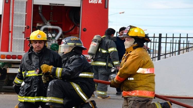 Capacitación sobre Incendios Estructurales en Tierra del Fuego