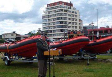 Entrega de equipamiento subacuático para Bomberos de la Región de Los Ríos