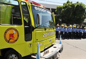 Bomberos voluntarios podrán usar vehículos secuestrados