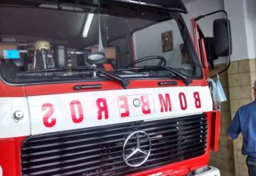 Los bomberos adquirieron una nueva autobomba