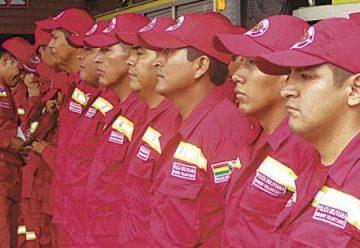 La Policía promociona a 25 bomberos voluntarios