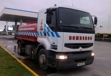 Bomberos Voluntarios de Brigada Solidaria reciben un nuevo camion cisterna