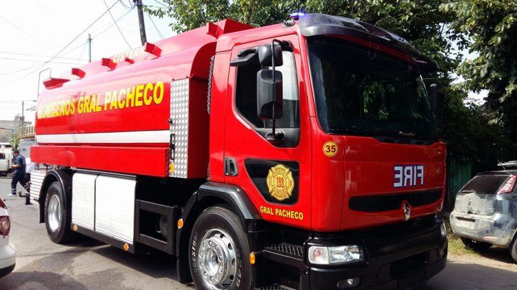 Nuevo camión cisterna para los Bomberos de Gral. Pacheco