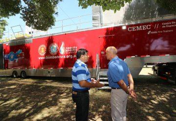 Nuevo Centro de Entrenamiento Móvil para bomberos de Argentina