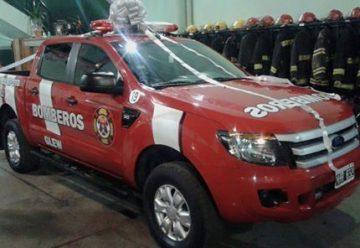 Bomberos Voluntarios de Glew presento una nueva camioneta