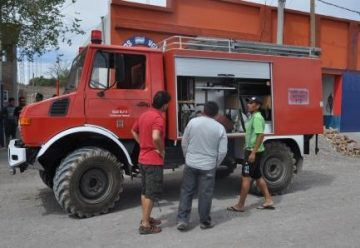 Dos nuevos vehículos para los bomberos voluntarios