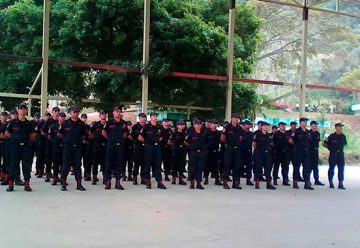 Bomberos de San Cristóbal protestaron por falta de equipos